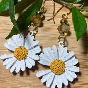Sweet Daisy/Tourmaline/10k gf ball earrings
